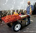 Manzanas de paseo por Bogotá - panoramio.jpg
