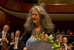 Martha Argerich en el Centro Cultural Kirchner - 19788929535.jpg