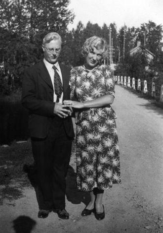 Martti Larni - Martti Larni with his wife