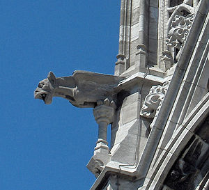 Sint-Petrus-en-Pauluskerk - Gargoyle on one of the towers in the Church
