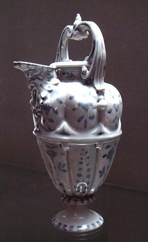 Medici porcelain - Medici porcelain ewer, 1575-1587.