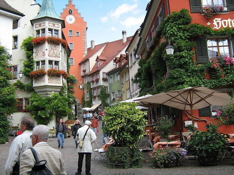 File:Meersburg Innenstadt.JPG