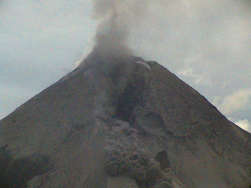 File:Merapi landslide.jpg