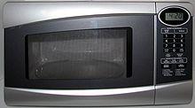 Resultado de imagem para um forno de microondas funciona fazendo com que as moleculas