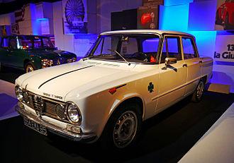 Alfa Romeo Quadrifoglio - Alfa Romeo Giulia TI Super of 1964, the first production car to wear the quadrifoglio