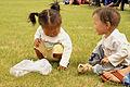 Mongolskie dzieci na lokalnym festiwalu Naadam (01).jpg