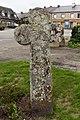 Monteneuf - Croix cimetière 03.jpg