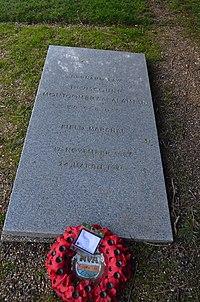 Montgomery's grave.JPG