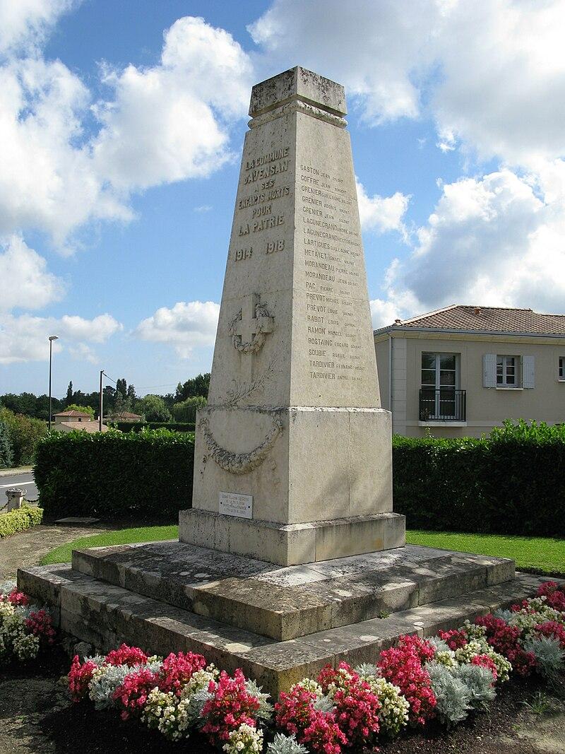 Monument aux morts d'Avensan.jpg