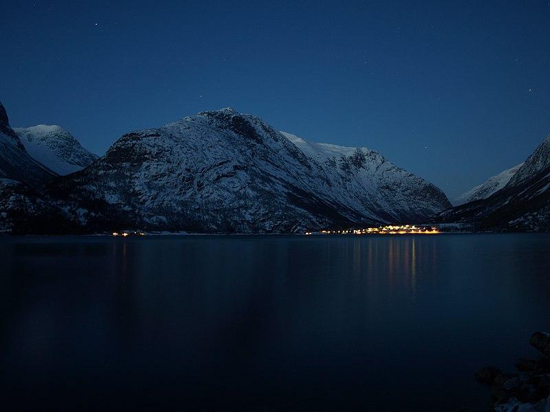 File:Mountains by Jon Kristian Fjellestad.jpg