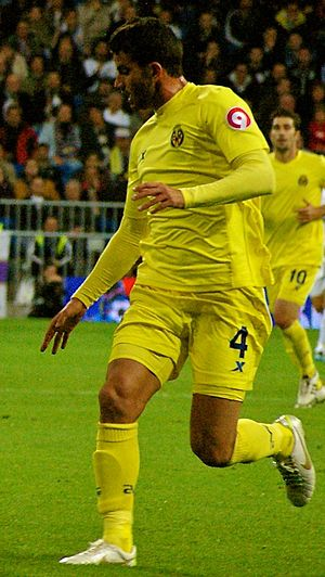 Mateo Musacchio - Musacchio in action for Villarreal in 2012