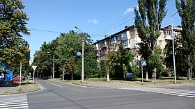 Mykhaila Dontsya Street near crossing with Heroiv Sevastopolya Street in Kiev, view to North-East.jpg