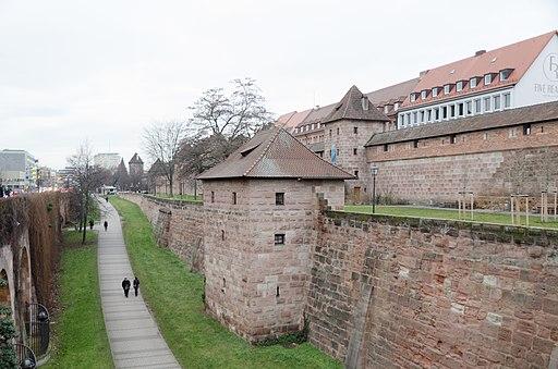 Nürnberg, Stadtmauer, Frauentormauer, Kasemattenturm IX, Mauerturm Rotes E, 001
