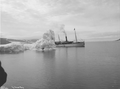 Neptun in Krossfjorden, Spitsbergen 1908.png