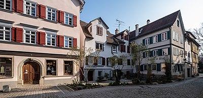 Neustadtgasse in Tübingen Blickrichtung Froschgasse 2019.jpg