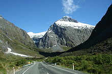 New Zealand Milford Sound Road.jpg