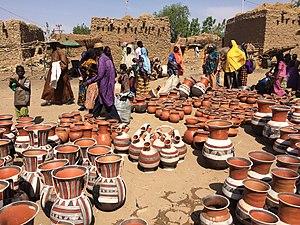 Niger, Boubon (1), pottery market.jpg