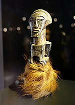 Nkisi figure, Songye, Democratic Republic of the Congo, 1800s, wood, fur - Rautenstrauch-Joest-Museum - DSC00279.jpg