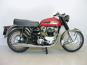 Norton Atlas 1967.jpg