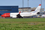 Norwegian (Carl von Linné livery), LN-NOU, Boeing 737-8FZ (21251370691).jpg