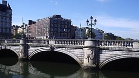O Connell bridge.jpg