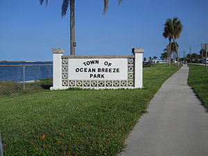 Ocean Breeze, Florida - Welcome marker on northern town limits on Indian River Drive