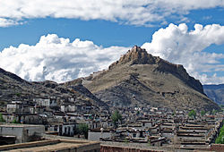 Old Gyantse and the Gyantse Dzong.jpg