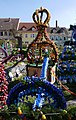 Osterbrunnen mit Osterkrone Berga Elster 2019 16.jpg