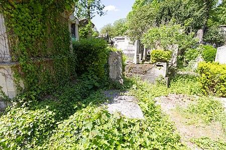 Père-Lachaise - Division 32 - Chemin Gay 07.jpg