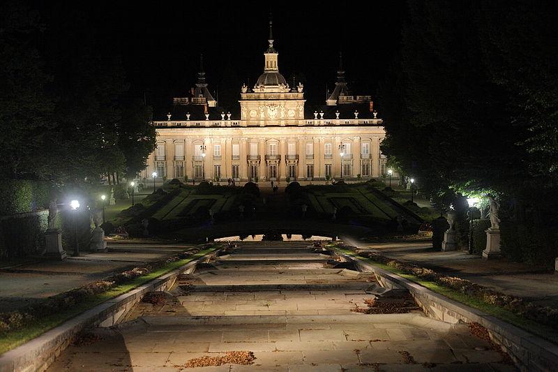 Castillos de Cine 800px-Palacio_de_San_Ildefonso_%286%29