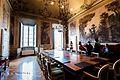 Palazzo Mezzabarba sala riunioni con ospiti.jpg