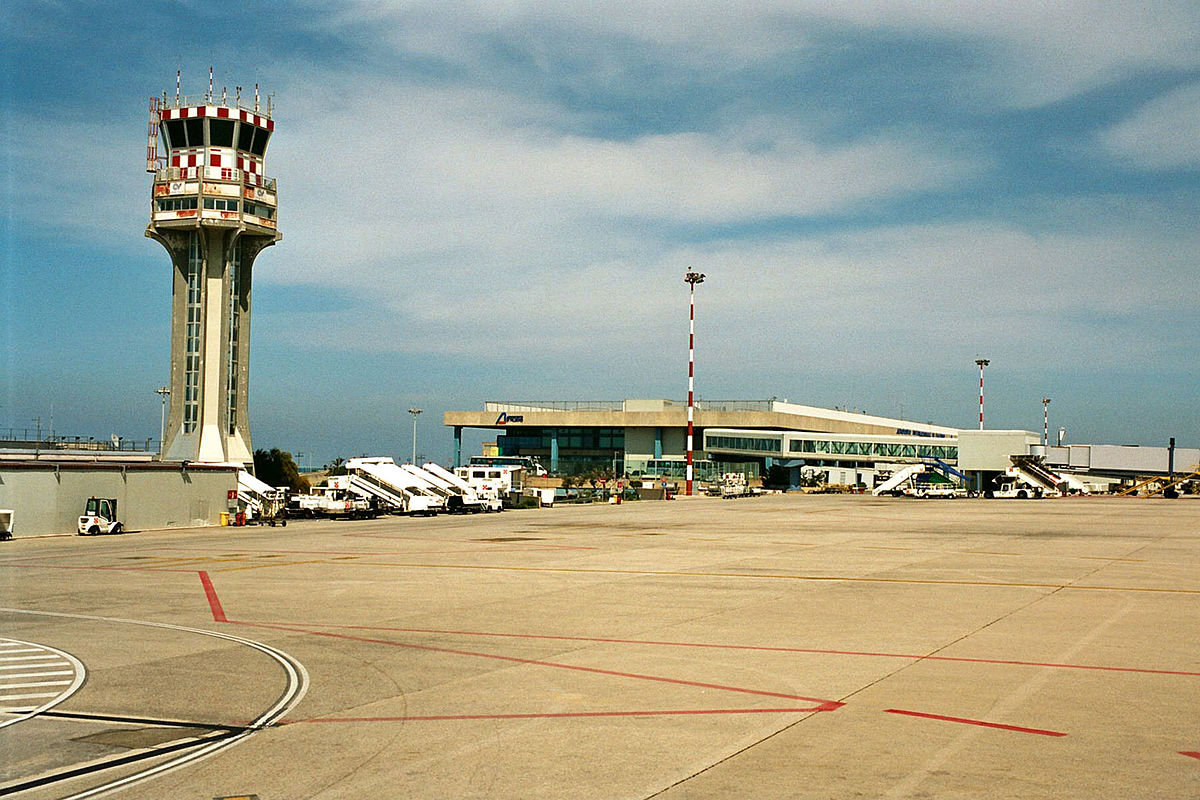 Airports of Sicily: Name, Location and General Information 23