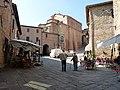 Panicale - Piazza Umberto I 2.jpg