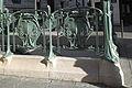 Paris Métro Quatre-Septembre 9910.jpg