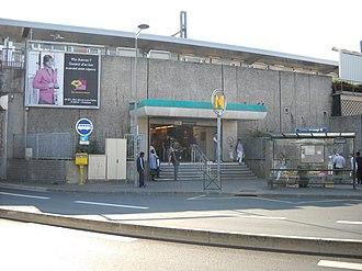 Châtillon – Montrouge (Paris Métro) - Image: Paris metro Châtillon Montrouge 1