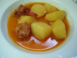 Español: Patatas a la riojana.