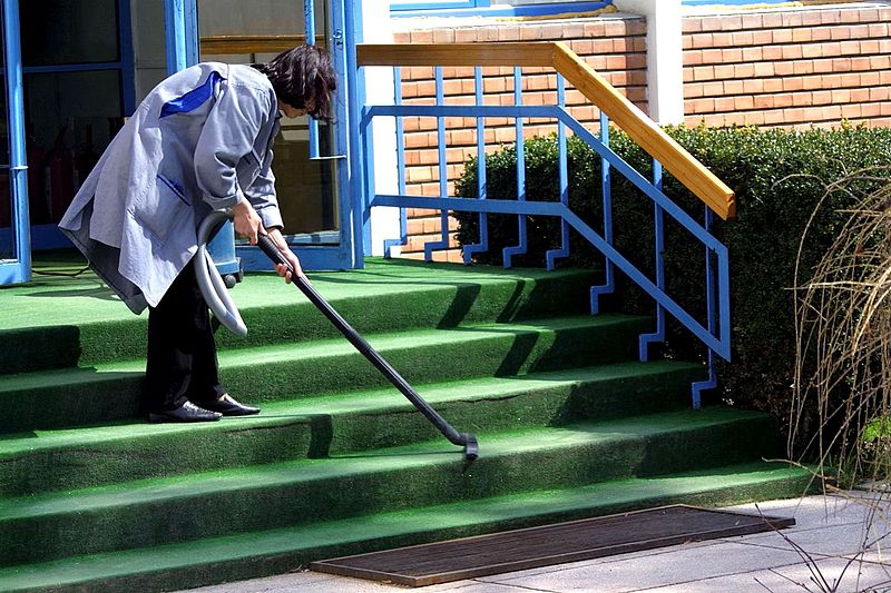 cleaning companies in burnsville mn