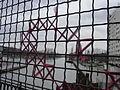 Petite ceinture de Paris - Pont-cage craqueur, grillage.JPG