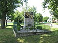 Pomník padlým ve Chlumu (Q66052008) 02.jpg