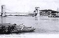 Pont suspendu d'Avignon et jouteurs sur le Rhône.jpg