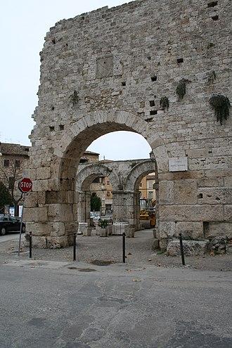 Ascoli Piceno - Porta Gemina