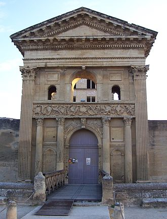 La Tour-d'Aigues - The front entrance of the Renaissance castle