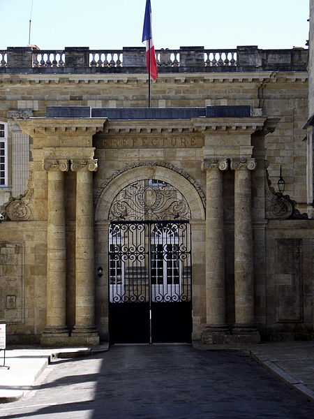 File:Préfecture du Gers (France).JPG