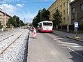Průběžná, rekonstrukce TT, zastávka Radošovická.jpg