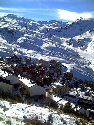Sierra Nevada Ski Station - Image: Pradollano 08b