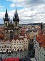 Prag Teynkirche Pulverturm.jpg