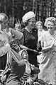 Prinses Beatrix bracht bezoek aan de Marijke-hoeve te Hattem, Bestanddeelnr 914-1547.jpg