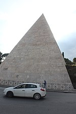 Pyramid of Cestius in 2018.02.jpg