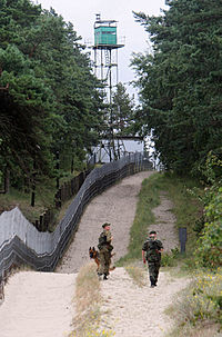 RIAN archive 943199 Russian border guards on Vistula Spit.jpg