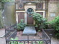 Ranke grave Sophien 001.JPG